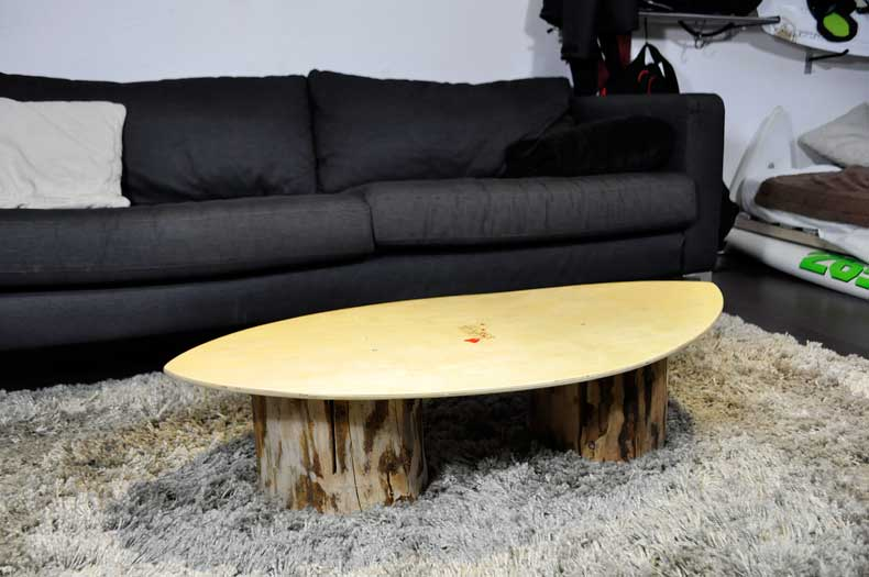Skimboard-Couchtisch-Upcycling