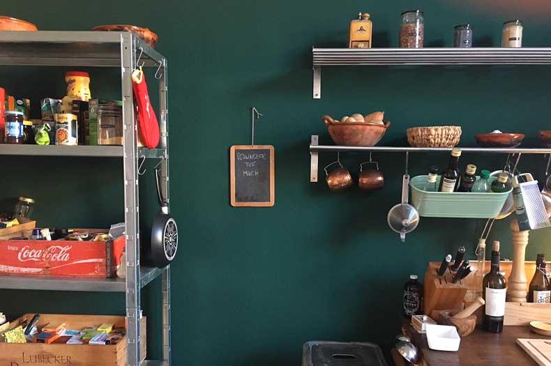 Interior Design in Küche mit alten Küchenutensilien
