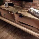 DIY selbstgebauter Hifi Schrank mit offener Klappe