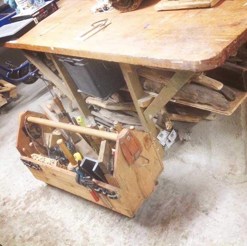 Werkstatt für Treibholz-Bearbeitung